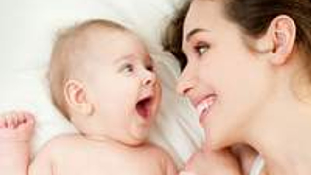 Bebeğinizle iletişim kurmayı öğrenin