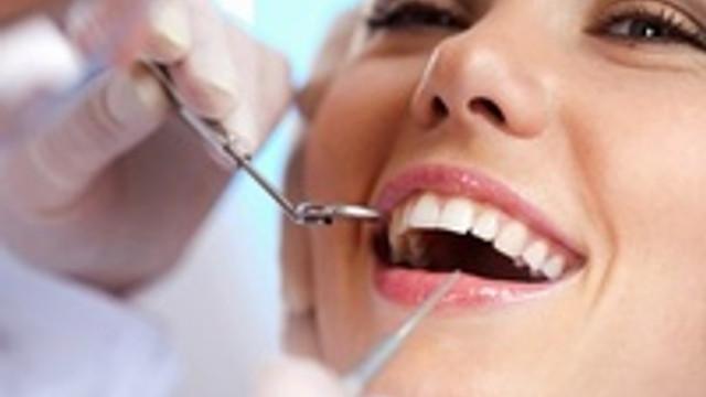 Hamilelikten önce diş muayenesi şart !
