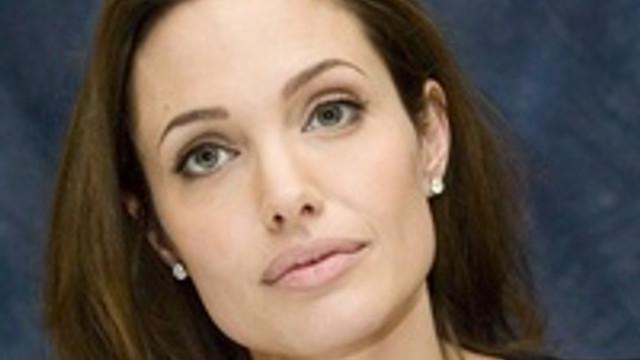 Angelina Jolie'nin hayatı tehlikede !