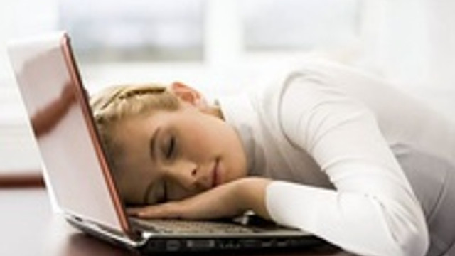 İşyerinde yarım saat uyku zinde tutuyor