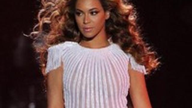 Yılın en şık sanatçısı: Beyoncé