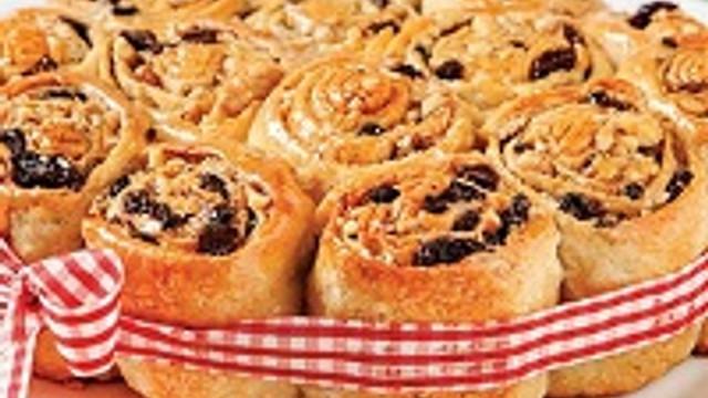 Üzümlü ve cevizli çörek