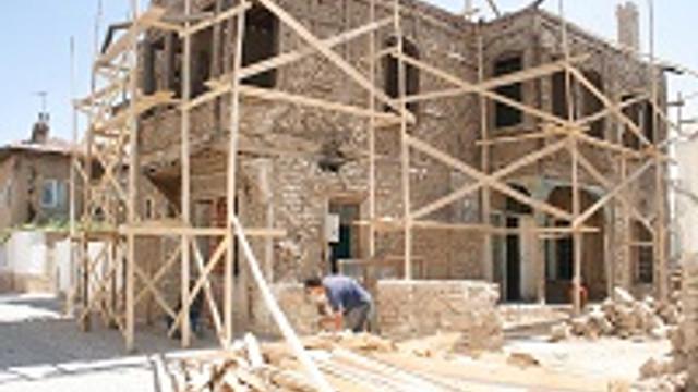 Yanlış restorasyon çalışmaları tarihi siliyor