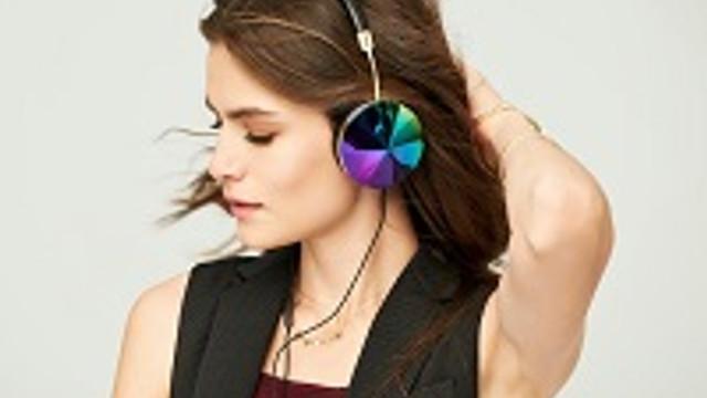 Müzik dinlerken sağır olmayın