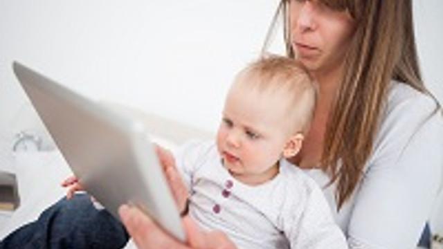 Bebekler artık ilk ''tablet'' diyor