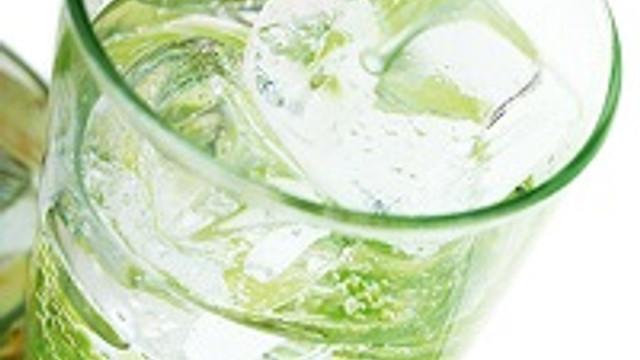 Yeşil elmalı limonata