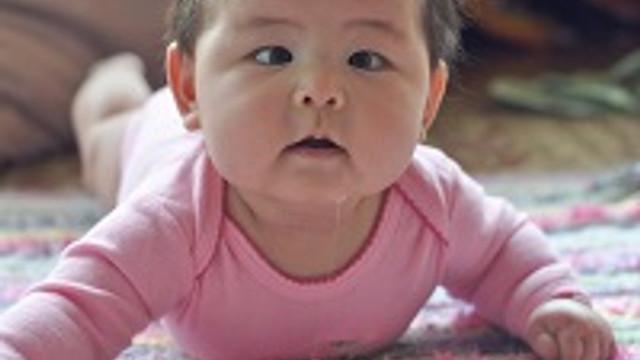 Bebeklerde göz kayması normal midir?