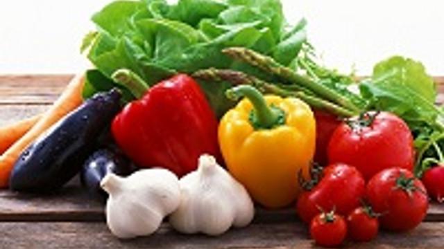 Meme kanserine karşı çiğ sebze yiyin