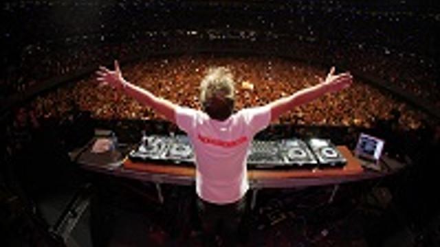 ''DJMAG Top 100 DJs Dünya Turnesi'' İstanbul'da !