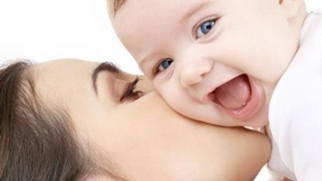 Bebekler 3 aylıkken duygularınızı hissediyor