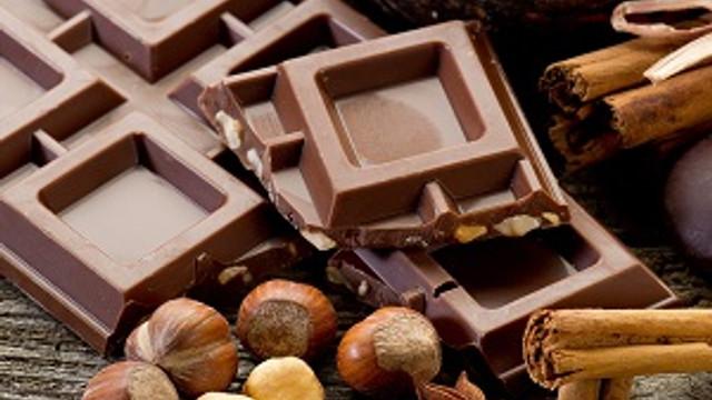 Bitter çikolata yiyerek sağlığınızı koruyun