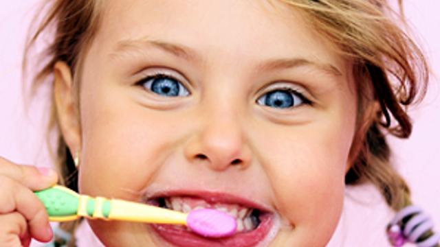 Çocuklarımızın dişleri için yaz aylarına özel bakım