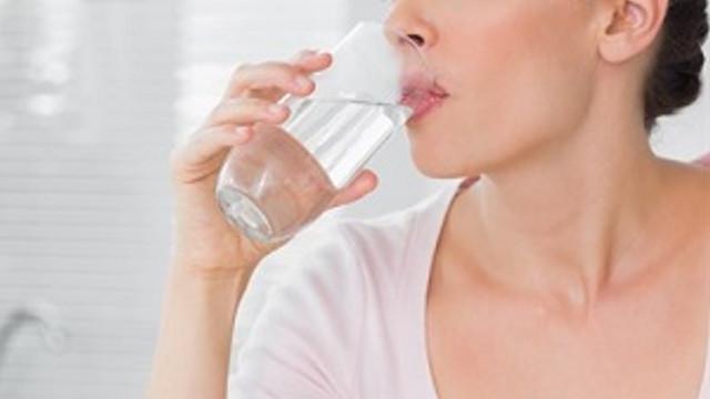 Az su içmek yağlanmayı artırıyor