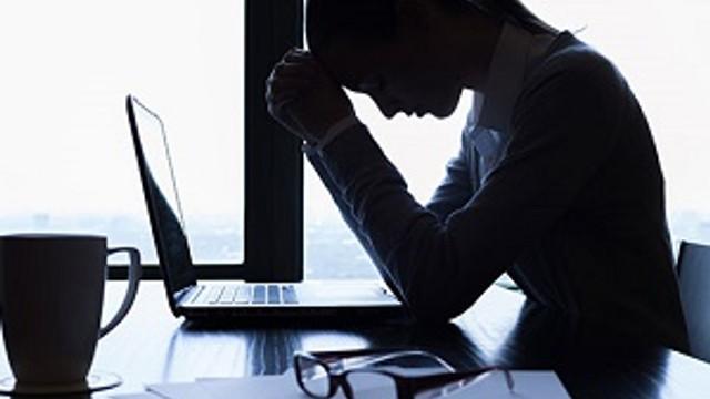 İş stresi ömürden ömür çalıyor!