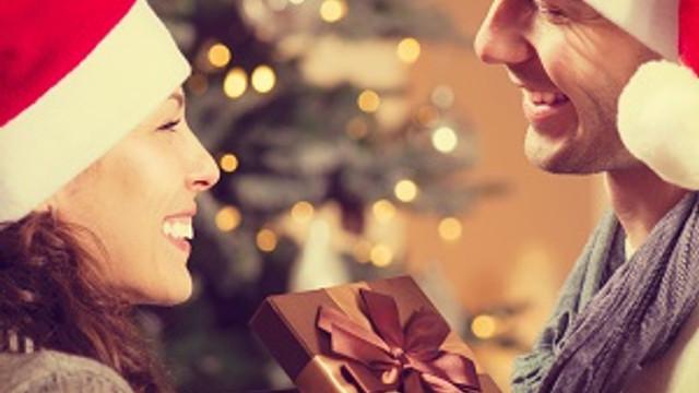 Sevgiyi gölgeleyecek hediyeler peşine düşmeyin