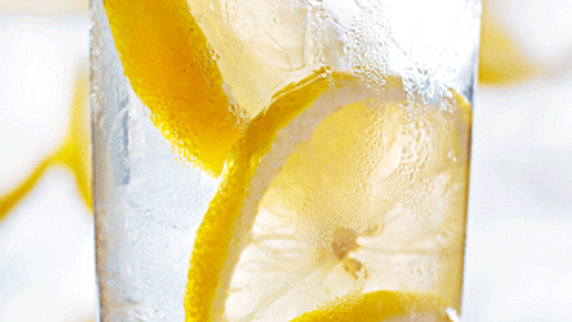 Limonlu su içilmeli mi?