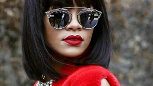 Rihanna'nın gözlük tercihi