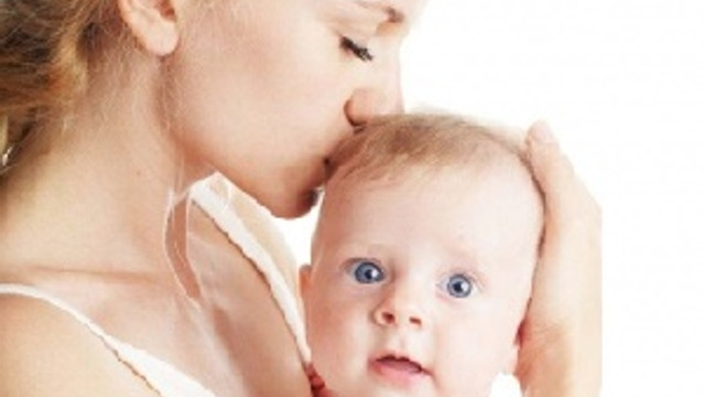 Annenin duyguları bebeğin güvenlik hissini etkiliyor