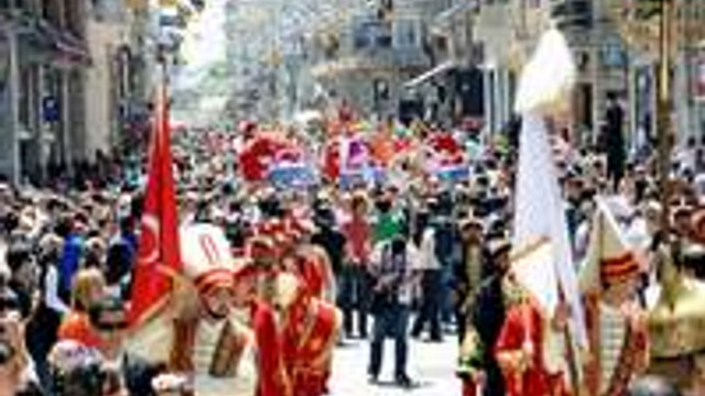 İstanbul Shopping Fest için Elele