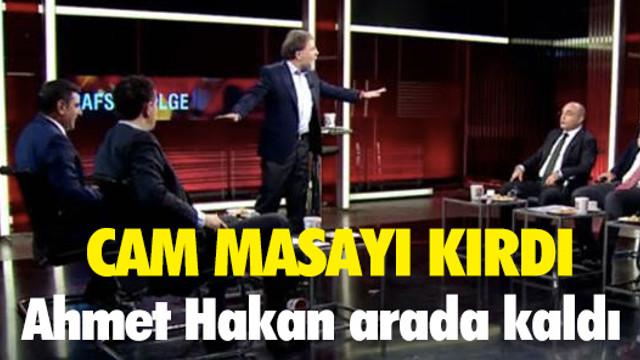 CNN Türk'te kavga