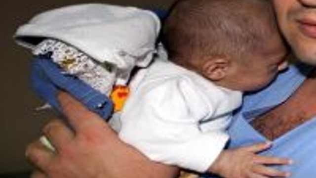 Bebeğini Dövdüğü İddiasıyla Aranan Baba Yakalandı