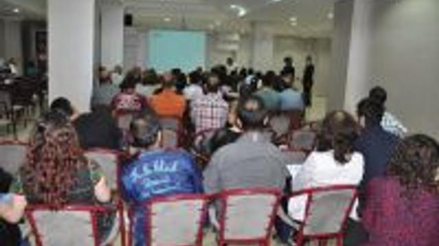 Tatvan'da Kas Hastalıkları Paneli Yapıldı