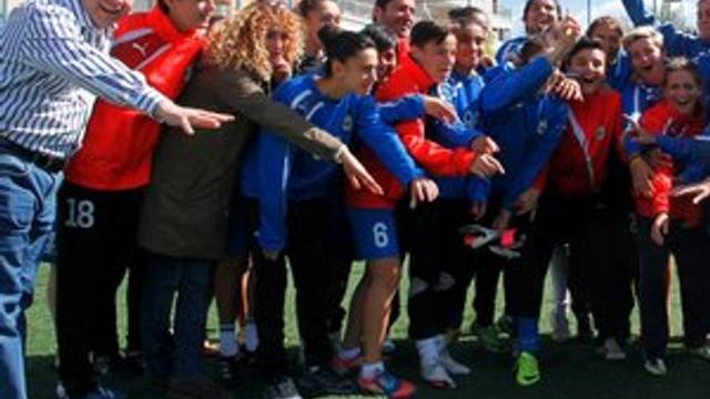 Konak Belediyespor kadın futbol takımı tarih yazdı