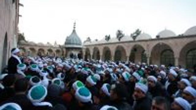 Zulüm Gören Müslümanlar İçin Dua Edildi