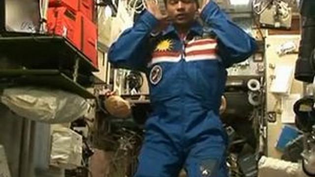 Uzayda namaz kılan astronottan ilgniç öneri