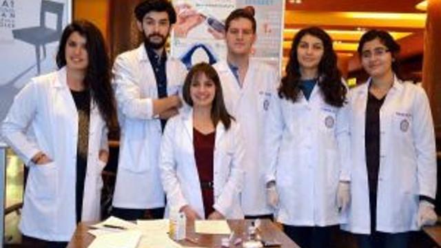 Tıp Öğrencilerinden Kontrolümdesin Şekerim Ölçümü