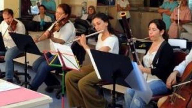 Diyaliz Merkezinde Senfonik Konser