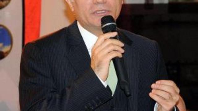 Efkan Ala, iki canlı bombanın örgütünü açıkladı !