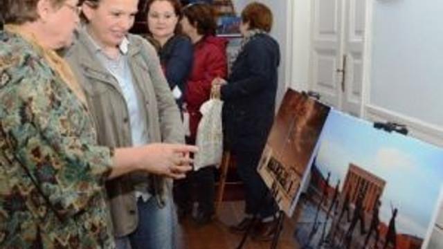 Atatürk Ve Anıtkabir Fotoğraf Sergisi Açıldı