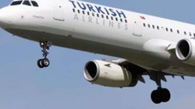 Havalimanında pilotla kule arasında ilginç diyalog !