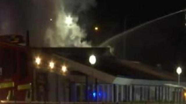 Malmö'de Müslüman Okulu Patlama Sonrası Tamamen Yandı