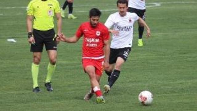 Tki Tavşanlı Linyitspor, Kendi Sahasında Çatalcaspor İle 1- 1 Berabere Kaldı