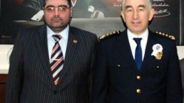 Kkdgc Başkanı Daşdelen, Polis Gününde Emniyet Müdürü Karaduman'ı Kutladı
