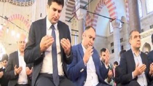 İstanbul'da Alparslan Türkeş İçin Mevlit Okutuldu