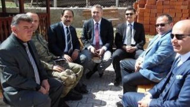 Kaymakam Pınar, Güneykaya Beldesi'nde İncelemelerde Bulundu