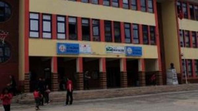 İlkokul Öğrencilerini Tacizle Suçlanan Öğretmen Tutuklandı