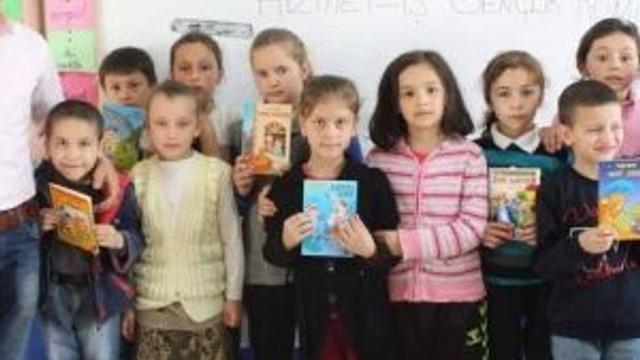 Köy Okullarına Yardım Kampanyası Devam Ediyor