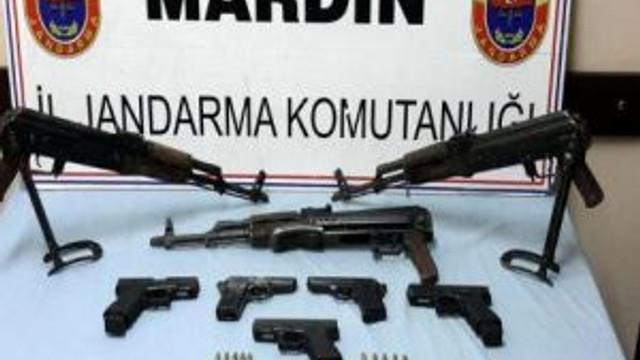 Derik'te Polisi Şehit Eden Pkk'lıların Silahları Ele Geçti