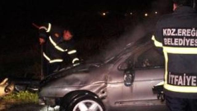 Takla Atan Otomobildeki Sürücü Yanmaktan Son Anda Kurtuldu