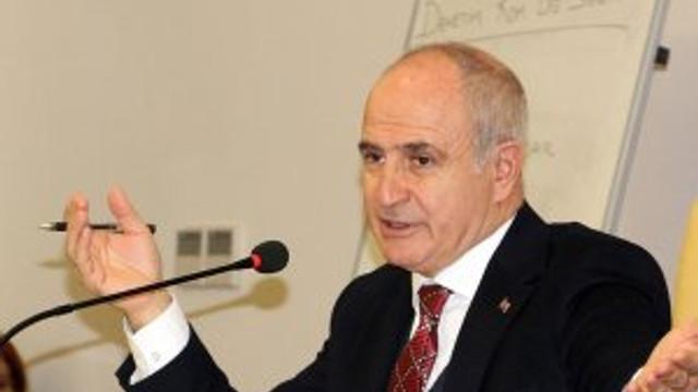 Başkan Akgün: İstanbul'da ulaşım acilen yeraltına inmeli