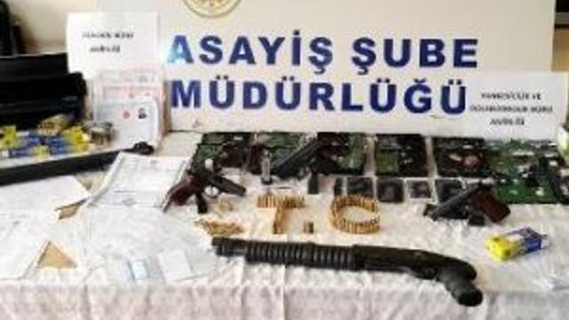 4 İlde 51 Adrese Dolandırıcılık Operasyonu: 36 Gözaltı