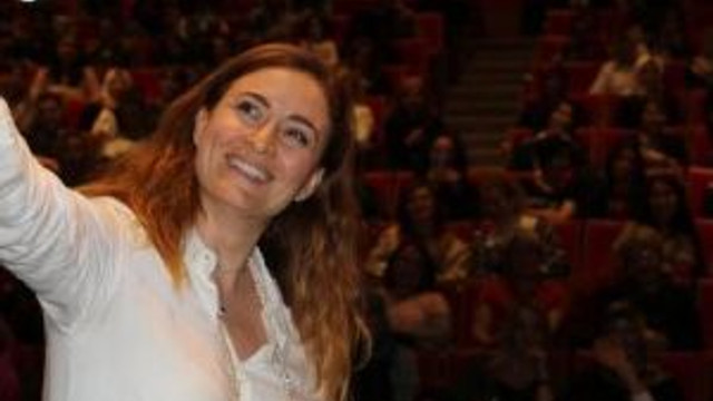 Ceyda Düvenci, Sp Hastası Kızı Melisa'yı Anlattı