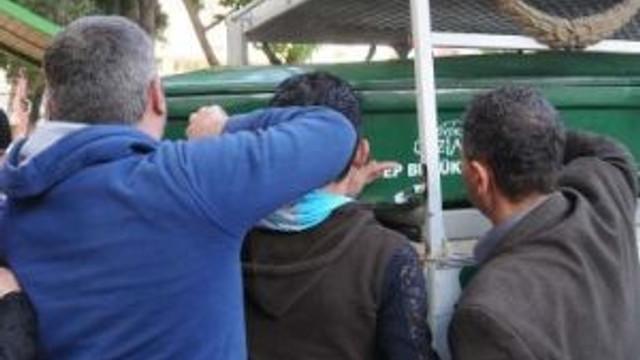 Ensesinden Vurulan Suriyeli Gazeteci Öldü (2)