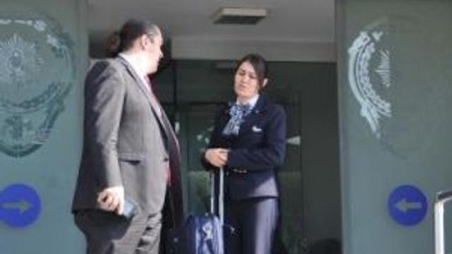 (Ek Bilgilerle Yeniden) - Uçakta Hırsızlığa Teşebbüs Eden Yabancı İki Yolcu Kabin Memurlarının Dikkati Sayesinde Yakalandı