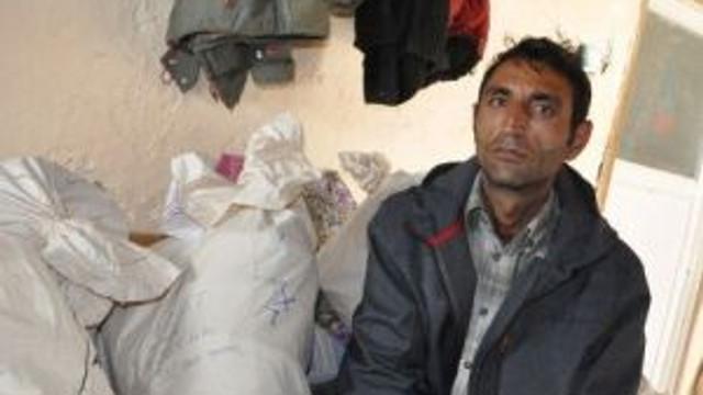 Toplu Mezarlardan Çıkarılan Kemikler Ailelere Teslim Edildi
