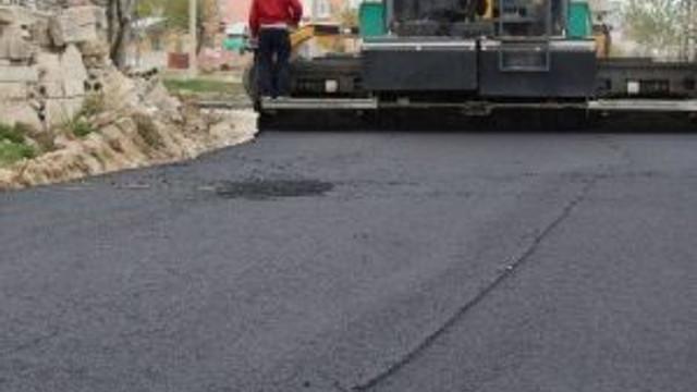 Niğde Belediyesinin Asfaltlama Çalışmaları Tam Gaz Devam Ediyor